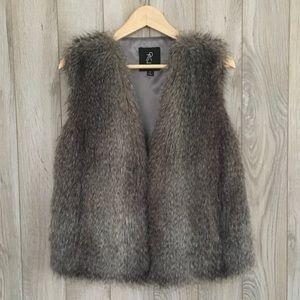 Rachel Zoe V-Neck Faux Fur Vest in 'Silver'/NWOT